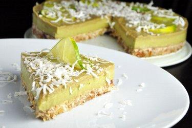 Gâteau citron vert/avocat sans cuisson (sans gluten)