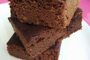 Gâteau sain au chocolat et à l'avocat