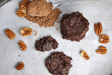 Cookies sans farine avocat-cacao