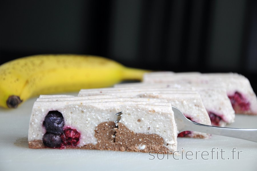 Dessert sans cuisson à la banane et au quark (sans gluten)