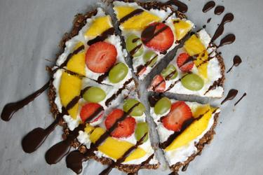 Pizza saine aux fruits et flocons d'avoine