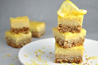 Dessert aigre-doux au citron et sans farine