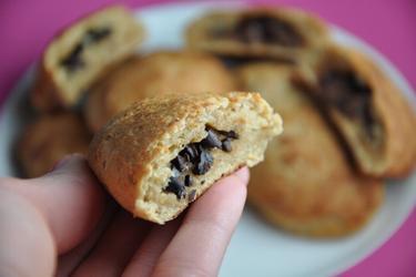 Pain au chocolat au blé complet et fèves de cacao