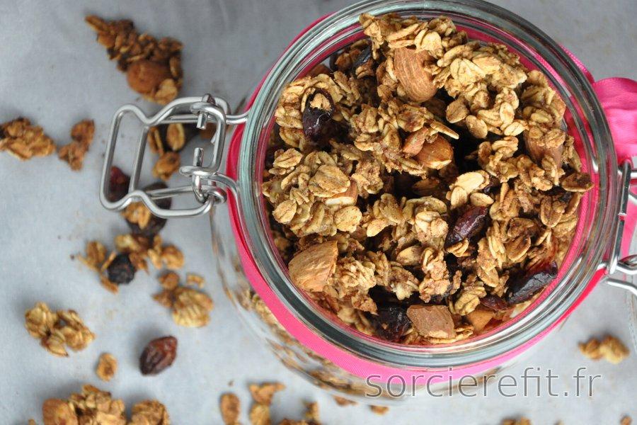 Granola croustillant au four (sans huile ni sucre)