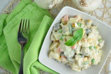Salade de chou-fleur légère (pauvre en calories et en matières grasses)