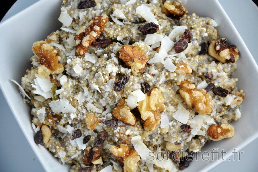 Porridge sain au quinoa et quark