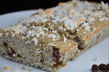 Cake à la banane et farine de noix de coco (sans sucre ni gluten)