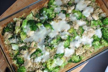 Gratin de quinoa au poulet et brocoli
