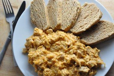 Goulash de Szeged équilibré et ravioles à la farine de blé complet