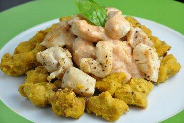 Gnocchis de potiron et poulet sauce au fromage