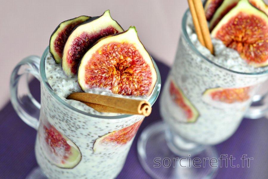 Pudding de chia sain aux figues et noix de coco